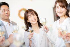 出会いがない社会人女性にギャラ飲みがおススメ!3つの理由を解説